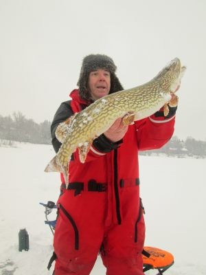 pike-ice-fishing-feb-2018
