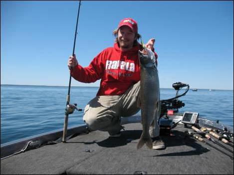 Lake simcoe fishing guide for Trout fishing spots near me